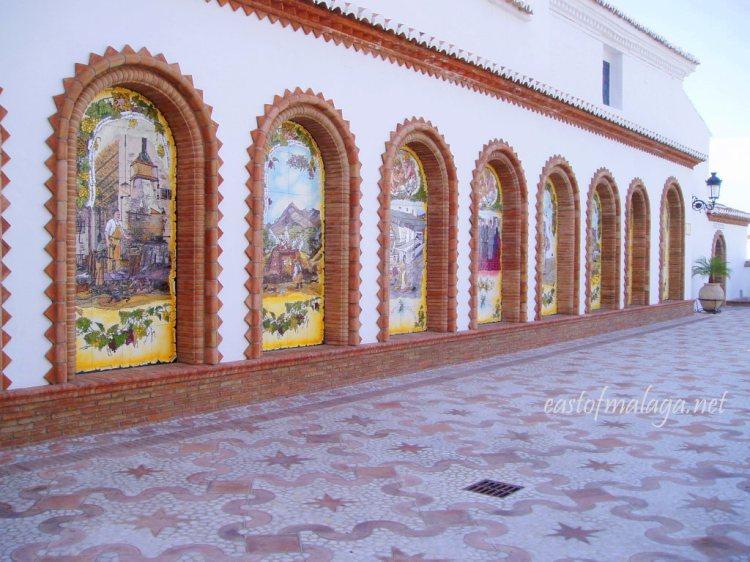 Alcoves in El Paseo de Las Tradiciones, Cómpeta, Spain