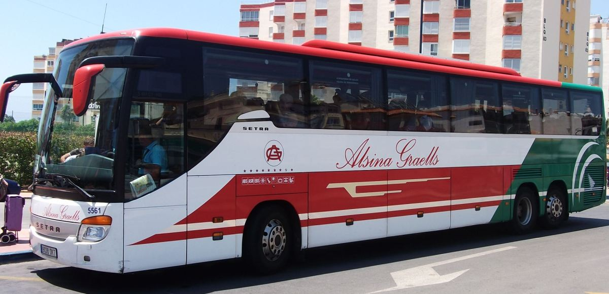 Direct bus service from the Axarquía to Málaga airport