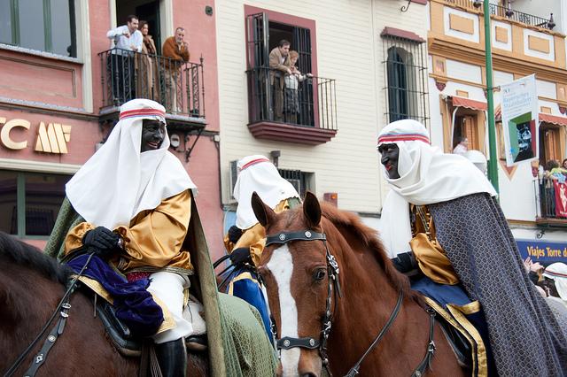 http://eastofmalaga.files.wordpress.com/2012/01/three-kings-parade.jpg?w=774