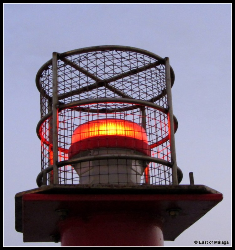 Harbour marker beacon flashes