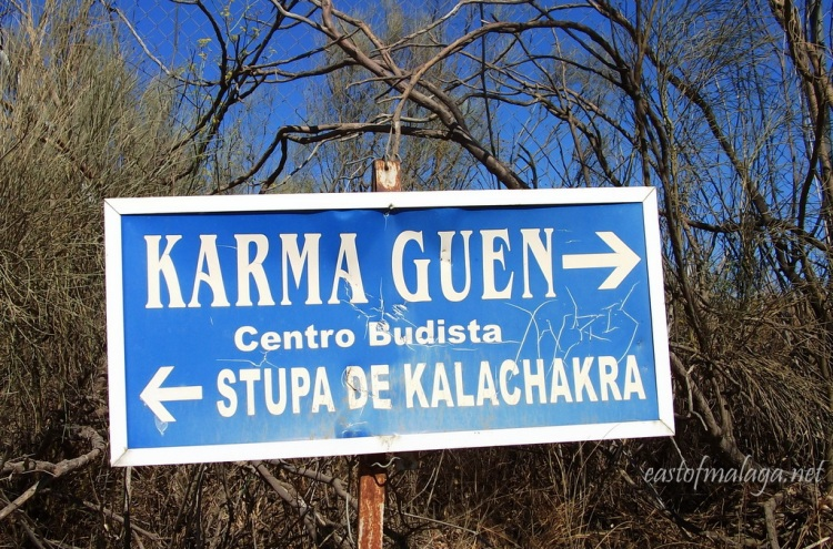 Signpost to the Kalachara Stupa in Velez-Malaga