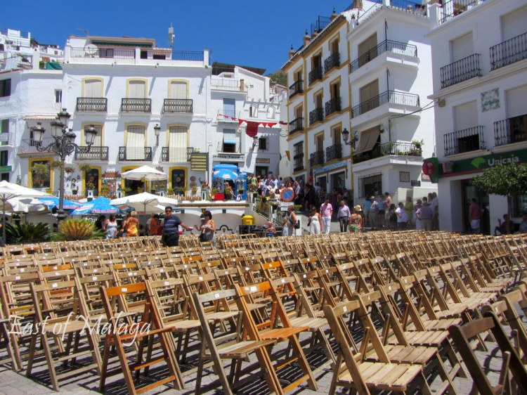Rows of chairs set out for Cómpeta´s Noche del Vino 2012