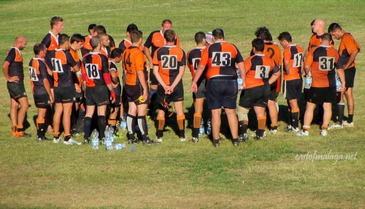 Rugby Axarquia team huddle