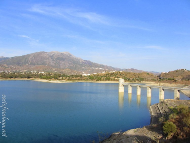 View across Lake Viñuela - Sept 2012