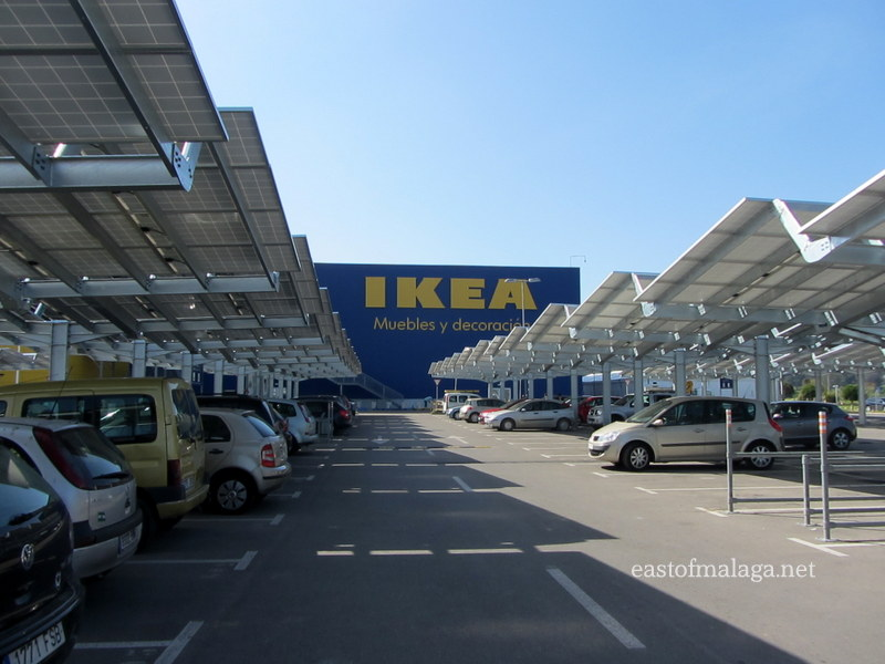 car park solar panels at ikea malaga. Black Bedroom Furniture Sets. Home Design Ideas