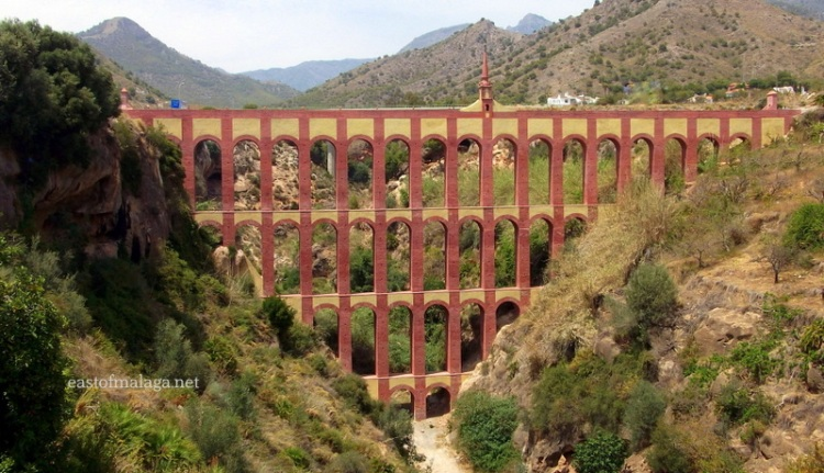 Eagle Aqueduct, Maro, Spain