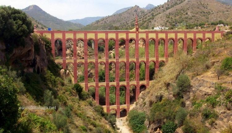 Eagle Aqueduct, Maro, Spain
