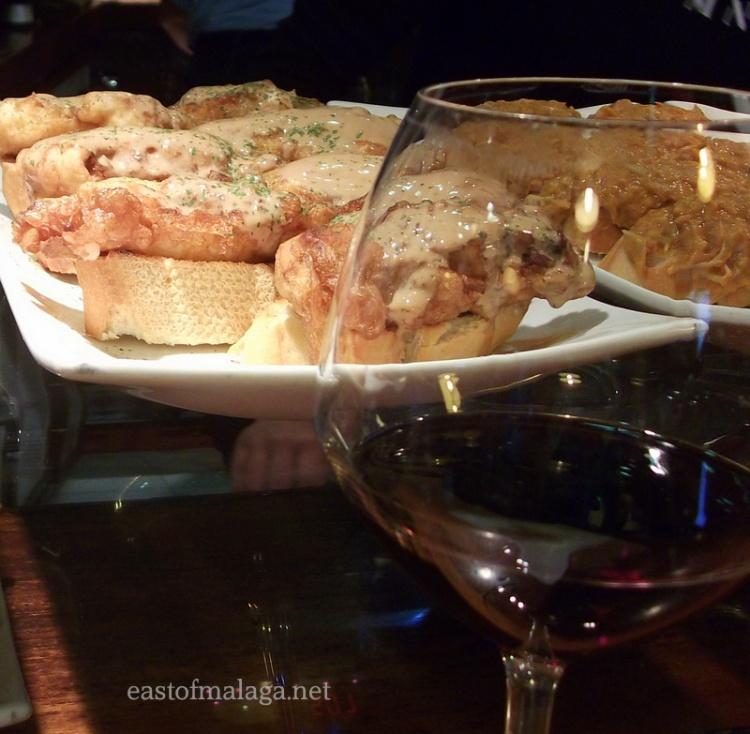 Rioja and scrummy tapas!
