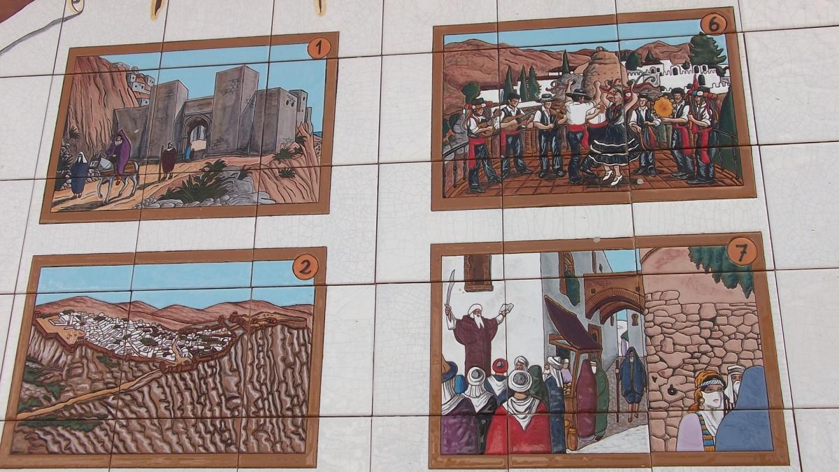Ceramic murals in Comares