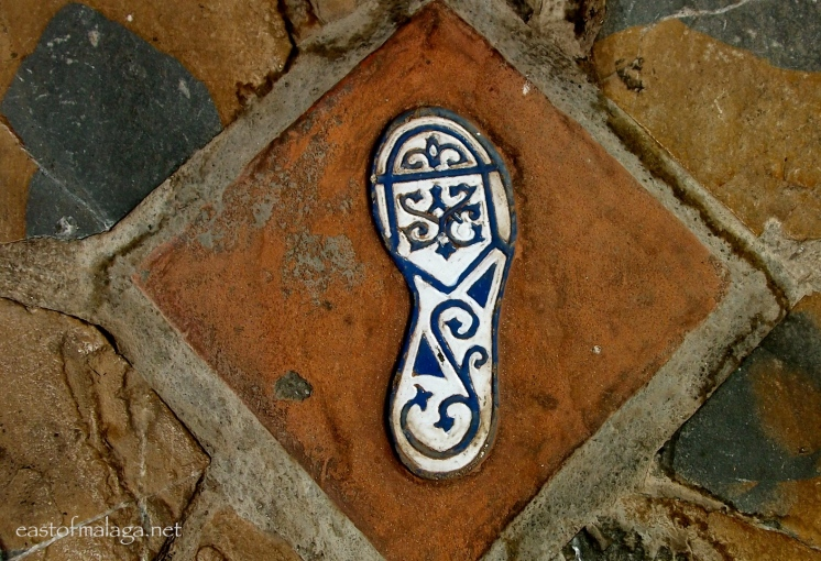 Ceramic footsteps in Comares