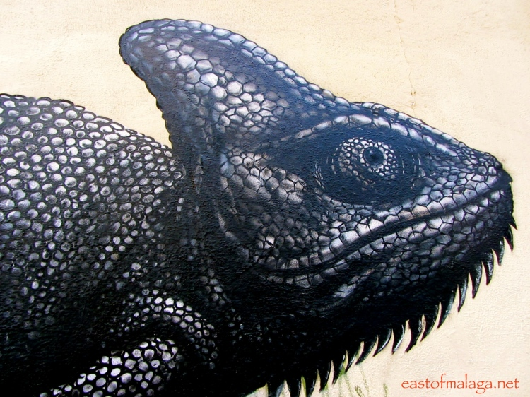Chameleon by ROA in Malaga, Spain