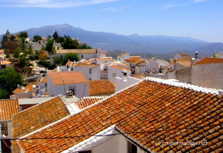 Looking across the rooftops in the village of Comares, Spain
