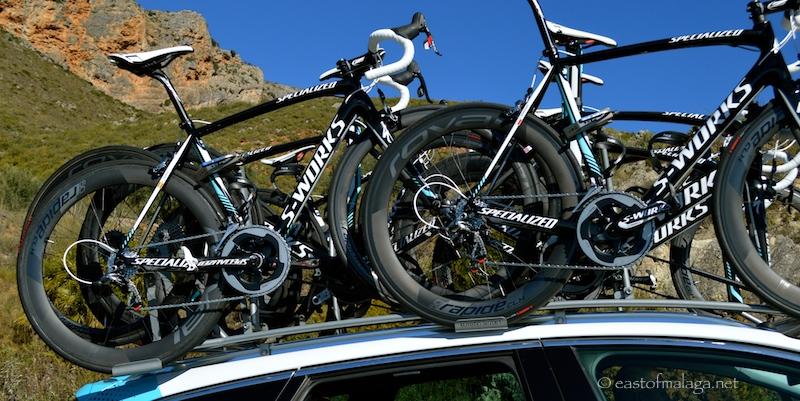 Spare bikes for the peleton, Vuelta a Andalucia