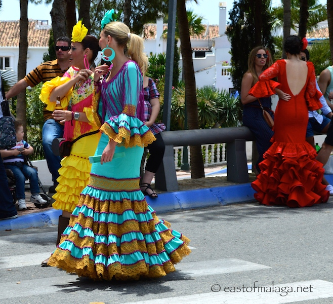 Long Spanish dresses, Nerja