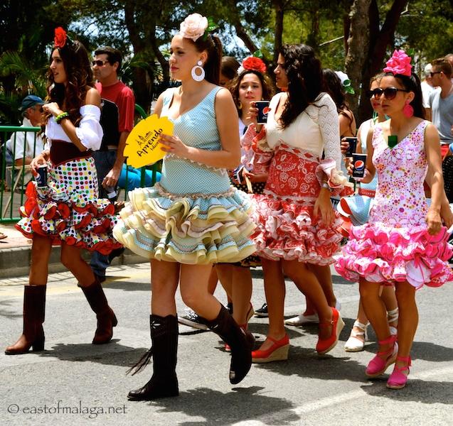 Short Spanish dresses, Nerja