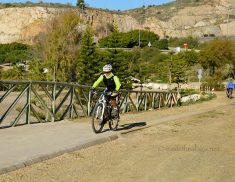 Path for walkers and bikers at La Arana