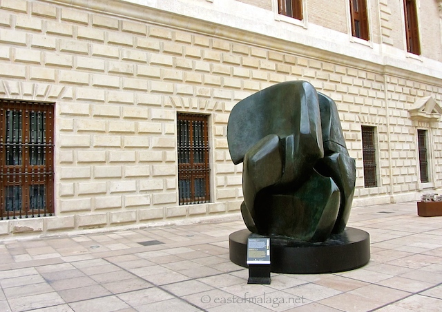 Henry Moore sculpture, Malaga