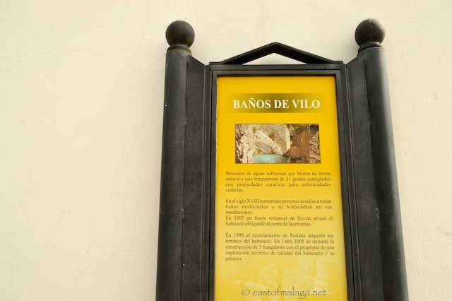 Sign showing the Baños de Vilo, Periana