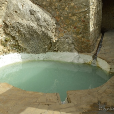 Thermal pool at Baños de Vilo, Periana