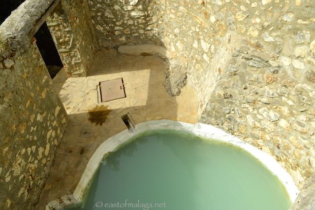 Thermal pool at Baños de Vilo, Periana