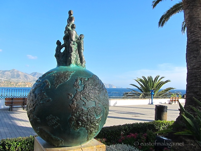 Monument to the 5 boys who discovered the Nerja caves